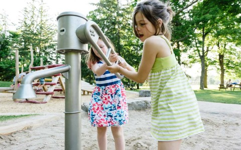 playground water pump