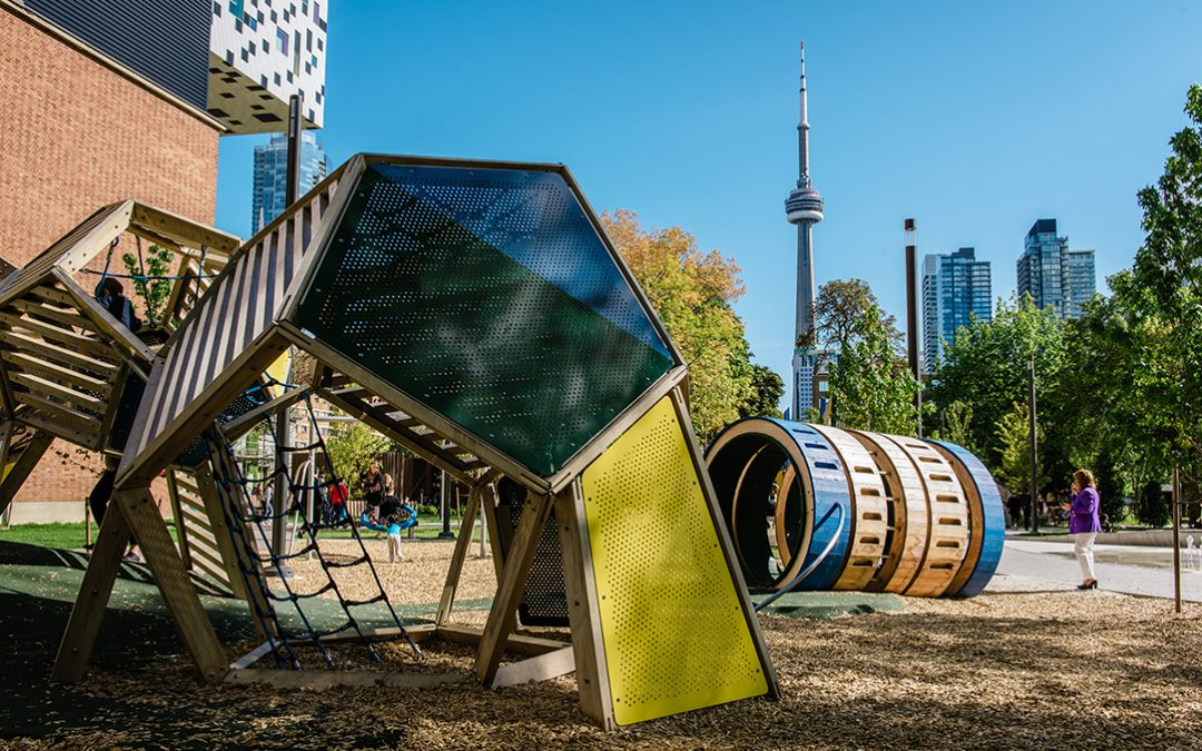 art gallery ontario sculpture toronto playground cn tower