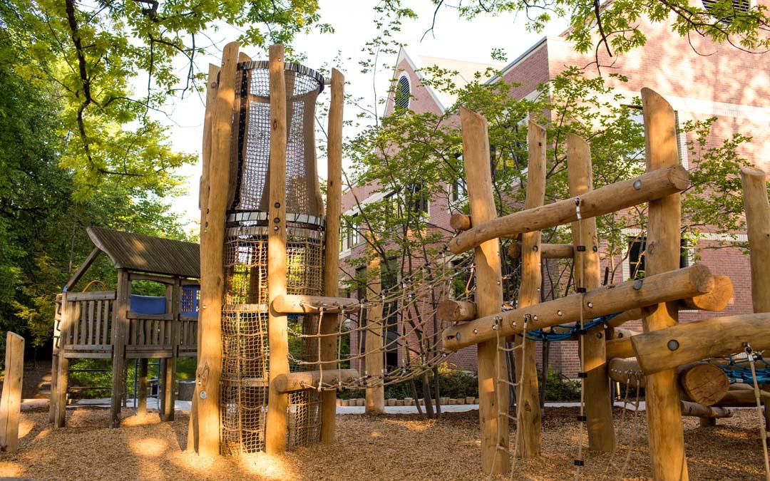 robinia playground