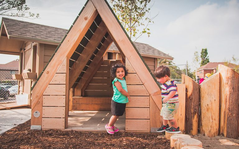 elementary school natural play hut