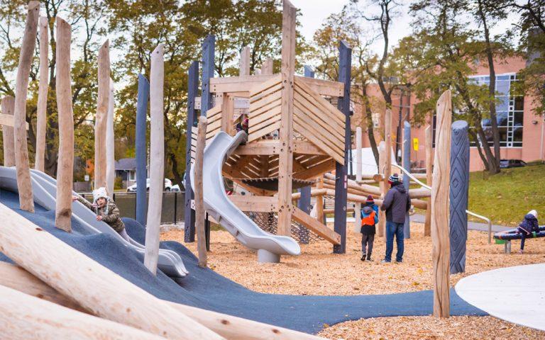 Humbertown Park – Kingsway College School