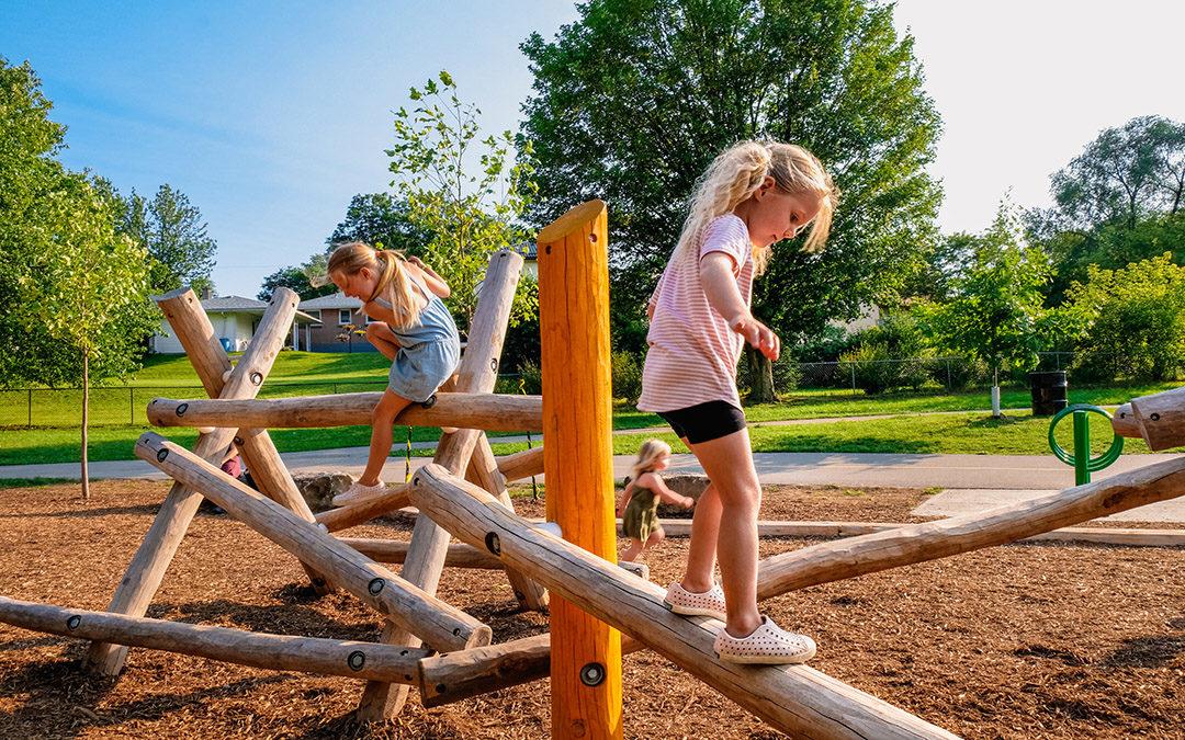 Kiwanis Park London natural playground log climber