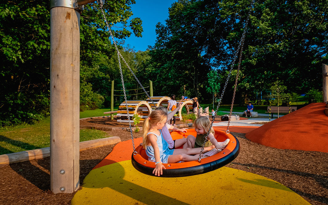 playground basket swing disc single bay orange